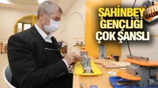 ŞAHİNBEY'DE GENÇLERE POZİTİF AYRICALIK